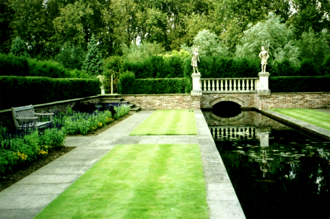 The Water Garden at the Priory House